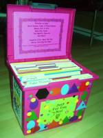 Make an art organization box to help keep the classroom clean.